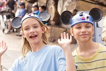 disneyland r2d2 mouse ears
